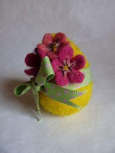 Giocabosco: creare con Gnomi e Fate: Uova in lana cardata Tutorial