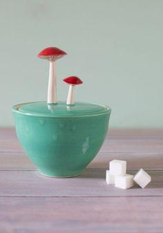 Mushroom ceramic sugar bowl - adorable! #product_design