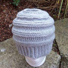 The Best Free Crochet Ponytail Hat Patterns (Messy Bun Beanies) On Trend For The 2017-2018 Season! #crochet