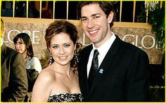 It's too bad this isn't real life.... Jim and Pam <3