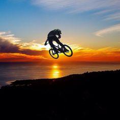 For more great pics, follow bikeengines.com #mtb #sunset #bmx #beautiful