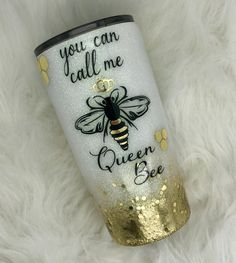 Queen Bee Colors: Blitz and Gold w/ Chunky Gold Diy Tumblers, Custom Tumblers, Glitter Tumblers, Tumblr Cup, Glitter Cups, Glitter Letters, Yeti Cup, Cute Cups, Tumbler Designs