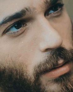 Turkish Men, Turkish Actors, Mixed Media Faces, Abstract Face Art, How To Look Handsome, Handsome Faces, Face Men, Beard Styles, Male Beauty
