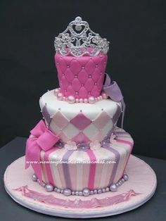 Tarta con corona de princesa