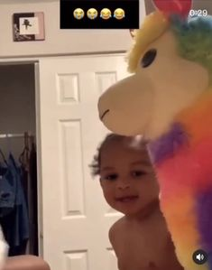 She's so cute lol Very Funny Memes, Funny Video Memes, Stupid Memes, Stupid Funny, Funny Videos, Funny Jokes, Hilarious, Cute Funny Babies, Cute Funny Animals
