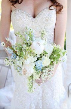 Wedding Bouquets | HappyWedd.com | #WeddingBouquets #Flowers #Wedding