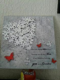 Recycler vos puzzles ne les jetais plus - CréaChiffon Des tableaux Diy Projects To Try, Hobbies And Crafts, Crafts To Make, Fun Crafts, Craft Projects, Arts And Crafts, Paper Crafts, Puzzle Piece Crafts, Puzzle Art