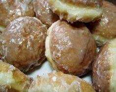 Gogosi cu iaurt #prajituri, #gogosi, #desert, #gogosiiaurt Pretzel Bites, Bread, Food, Brot, Essen, Baking, Meals, Breads, Buns