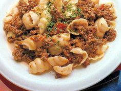 Mince Beef Napoli recipe for slow cookers Slow Cooker Spaghetti, Slow Cooker Pasta, Crock Pot Slow Cooker, Slow Cooker Recipes, Crockpot Recipes, Minced Beef Recipes, Ground Beef Recipes, Mince Dishes, Pasta Recipes