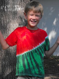 Tie Dye Watermelon T Shirt in Toddler and Youth by inspiringcolor Diy Tie Dye Designs, Diy Tie Dye Techniques, Fourth Of July Crafts For Kids, Diy Tie Dye Shirts, Tie Dye Crafts, How To Tie Dye, Tie Dye Patterns, Tye Dye, Diy Clothes