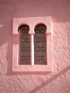 Pink house ♡ #BohoLo