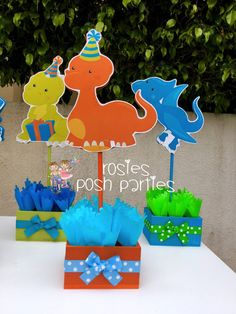 Diy 1st Birthday Party, Dinasour Birthday, Birthday Party Drinks, Dinosaur Birthday Party, Dinosaur Cake, Dinosaur Party Decorations, Birthday Party Decorations, Festa Jurassic Park, Candy Stand