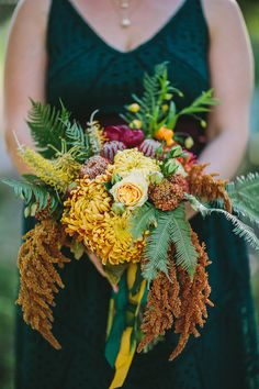 Tropical bouquet | Wedding & Party Ideas | 100 Layer Cake