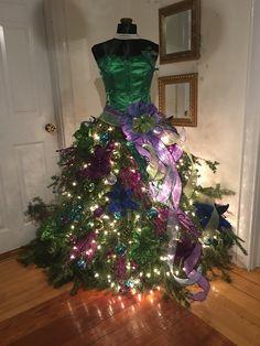 Ideas nightmare before christmas tree skirt dress form for 2019 Dress Form Christmas Tree, Christmas Tree Themes, Holiday Tree, Xmas Decorations, Christmas Lights, Christmas Holidays, Christmas Wreaths, Christmas Crafts, Christmas Ornaments