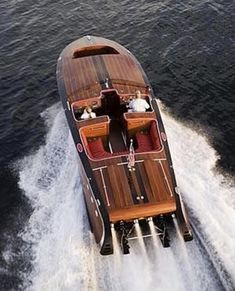 Chris Craft Barrel Back Wooden Boat Building, Wooden Boat Plans, Speed Boats, Power Boats, Classic Wooden Boats, Build Your Own Boat, Vintage Boats, Best Boats, Wood Boats