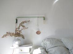 Scorpion, Designerbox n°17 designed by José Lévy, in the home of blogger Lgb-Etc. #design #interiordesign #decoration #interior #mirror urlz.fr/1DOj