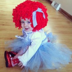 Easy DIY Raggedy Ann baby toddler girl halloween costume. Diy wig hair, sparkle tutu, red Dorothy oz shoes and leggings.