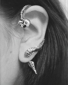 skull and spine cuff earring