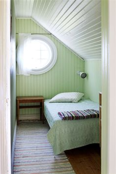 If you are lucky enough to have an attic in your home but haven't used this space for anything more than storage, then it's time to reconsider its use. An attic Bedroom Nook, Attic Bedrooms, Bedroom Layouts, Bedroom Ideas, Small Attic Room, Attic Spaces, Attic Renovation, Attic Remodel, Sleeping Nook