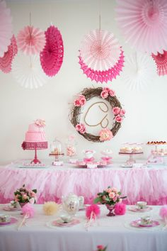 A Whimsical & Sweet Ombre Princess Party: The Set ups
