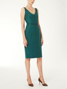 Max Mara GAVINO verde: Vestido princesa de seda, lino y lana. Find your outfit on the Official Max Mara Website and discover all that is new in ready-to-wear.