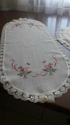 Bargello, Hand Embroidery, Projects To Try, Cross Stitch, Knitting, Crochet, Crochet Appliques, Cross Stitch Embroidery, Beautiful Flowers