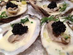 Caviar Recipes: Poached Oysters with Leeks, Cream, and Black River Caviar. Caviar is perfectly paired with warm oysters in this delightful caviar recipe. Seafood Recipes, Gourmet Recipes, Healthy Recipes, Healthy Food, Caviar Recipes, Oyster Recipes, Appetisers, Fish And Seafood, Oysters