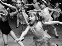 O MAM oferece uma programação com oficinas de dança e técnicas de consciência corporal voltada para pais e crianças, que também podem curtir o show musical do Projeto Guri e da Roda de Tambor.                                                                                                                                                                                 Mais