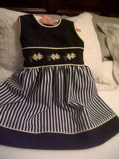 Vestido hecho y bordado por MVG