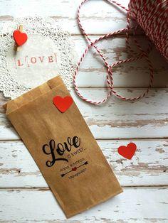 Guarda questo articolo nel mio negozio Etsy https://www.etsy.com/it/listing/520053839/20-sacchettini-mod-love-is-sweet