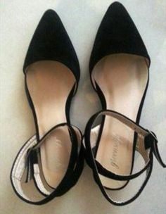 Beautiful Black pointed shoes