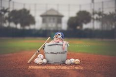 Cutest baseball baby ive ever seen!! OMG this makes me want a baby just so i can do this!!!  keilajunephotography