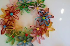 This article shows you with some creative ideas that your kids will love. You only need to use paper rolls and turn them into unique crafts. Never toss your toilet paper rolls into the trash anymore. These creative crafts are… Continue Reading → Toilet Roll Craft, Toilet Paper Roll Art, Rolled Paper Art, Toilet Paper Roll Crafts, Diy Paper, Paper Towel Roll Crafts, Papier Diy, How To Make Wreaths, Holiday Crafts