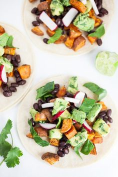 These Sweet Potato Tacos with Avocado Salsa make for a great weeknight dinner! This vegan sweet potato taco recipe is the perfect healthy clean eating dish. Sweet potatoes are topped with spices and then roasted until crispy in the oven. Healthy Taco Recipes, Healthy Tacos, Mexican Food Recipes, Vegetarian Recipes, Dinner Recipes, Easy Recipes, Pescatarian Recipes, Healthy Kids, Potato Recipes