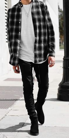 Bad boy style outfits for men flannel fashion, flannel outfits, mens fashion, fashion Grunge Winter Outfits, Outfits Casual, Stylish Mens Outfits, Style Outfits, Boy Outfits, Model Outfits, Kids Fashion Blog, Boy Fashion, Winter Fashion