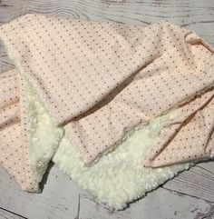 Personalized Baby Blanket,Pink Gold Blanket,Handmade Baby Gift,Baby Girl Blanket,Baby Bedding,Summer Blanket,Crib Bedding,Embroidered