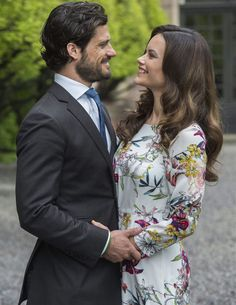 Prince Carl Philip of Sweden and ms. Sofia Hellqvist releases new pictures ahead of their wedding