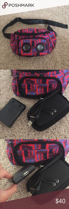 Teva fannypack Aztec print fanny pack from Teva. Built in speaker. Batteries are needed, but NOT included. Never used. Price is FIRM. Teva Bags