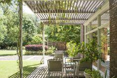 West Lane Residence & Gardens - Curtis & Windham Inc.