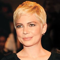 """Pixie haircuts for fine hair and round face   Find Your Perfect Haircut"""" // Michelle Williams"""