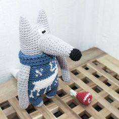 Игрушки животные, ручной работы. Ярмарка Мастеров - ручная работа. Купить Зимние волки в комбезах. Handmade. Амигуруми, игрушка в подарок