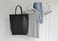 FASHION OUTFITS picked by Dutch label DUFFYBAG - Handmade tote bag DUFFYBAG Leather Black - Just lovin' Zara, H&M, denim jeans, casual, chique, high heels, mix and match the perfect basics in your closet and the favourite colors black, grey, denim blue and white - www.duffybag.com
