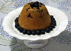 {Newfoundland recipes} steamed wild blueberry pudding Newfoundland Recipes, Newfoundland And Labrador, Steamed Cake, Canadian Food, Wild Blueberries, Family Meals, Blueberry, Recipies, Deserts