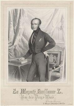 François Magneé | Portret van Willem II, koning der Nederlanden, François Magneé, ten Hagen, 1840 - 1865 | Portret van Willem II. Hij staat naast een tafel. Onder zijn rechterhand een boek. In zijn linkerhand zijn handschoenen. In de ondermarge zijn naam en titel.