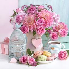 Image may contain: flower Beautiful Flower Arrangements, Pretty Flowers, Fresh Flowers, Pink Flowers, Floral Arrangements, Flower Images, Flower Art, Jolie Photo, Coffee Love