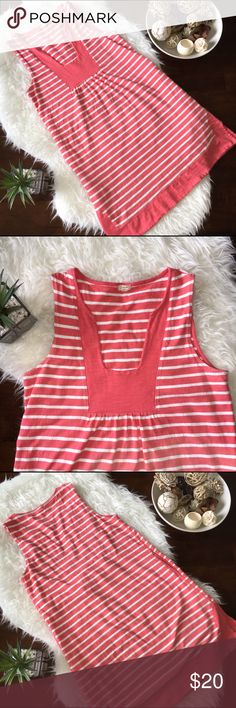 J. CREW Striped Dress Previously LOVED so soft and comfy pink and white striped dress from J. Crew. Yes it has pockets👏💕 and a flattering neckline. Runs large fits more like a small and is stretchy. No tears, holes, or stains. Smoke free home. No trades please. J. Crew Dresses Midi