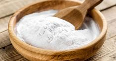 Baking soda benefits and many uses. Baking soda for acne. Baking soda for healthy hair. Baking soda for cleaning. Baking soda for natural living. Baking Soda Bath, Baking Soda Cleaning, Baking Soda Uses, Cleaning Tips, Cleaning Service, Cleaning Quotes, Cleaning Spray, Baking Tips, Baking Soda Substitute