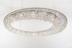 RIO Crystal pendant lamp by Manooi #crystalchandelier #lightingdesign #interior #chandelier #coollamps #luxury #Manooi