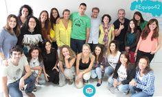 Damos la bienvenida al #Equipo42 Nos esperan dos meses apasionantes de aprendizaje sobre #SocialMedia