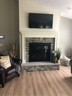 Fireplace Accent Walls, Fireplace Feature Wall, Stone Fireplace Makeover, Stone Fireplace Surround, Fireplace Tv Wall, Build A Fireplace, Shiplap Fireplace, Farmhouse Fireplace, Fireplace Remodel